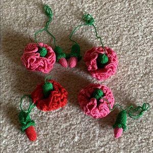 Macrame hand made roses